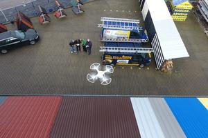 Für Flüge auf Grundstücken braucht man die Erlaubnis des Grundstückeigentümers. Das gilt auch für das Veröffentlichen von Fotos von GrundstückenFoto: Dächer von Hunold GmbH