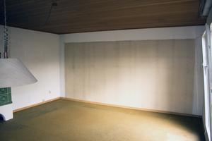 """Die Raumluft im Haus war mit Formaldehyd und alten Holzschutzmitteln belastet. Dazu kam ein leichter, muffiger """"Fertighausgeruch"""""""