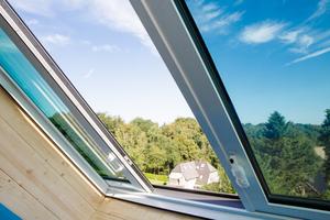 Das fertige, großformatige Dachfenster