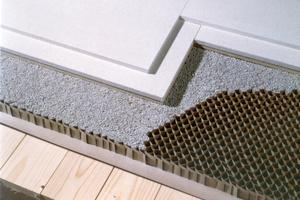 Mit Fermacell-Estrich-Waben, aufgefüllt mit einer Schüttung, lässt sich der Schallschutz alter Holzbalken-decken verbessern