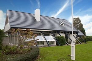Nach der Eindeckung mit Quadro Icopal Dachplatten<br />