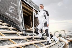 """Die Hosen und Jacken der """"Galaxy""""-Kollektion von FE Engel haben verstärkte Knie, verdeckte Knöpfe und Reißverschlüsse <span class=""""bildnachweis"""">Foto: F. Engel GmbH</span>"""
