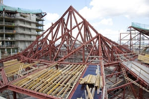 Stahlunterkonstruktion der Dachfläche über dem Großen Saal der Elbphilharmonie<br />