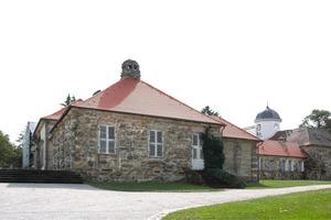 Der Ergoldsbacher Biberschwanzziegel ist der Klassiker der historischen Dachziegel<br />