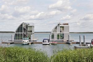 Schwimmende Häuser auf dem Geierswalder See Foto: Prefa
