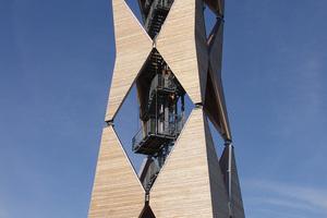 """Der Altenbergturm im Landkreis Schwäbisch Hall: Mit seinen 36 m Höhe ist er ein Vorzeigeobjekt des Holzingenieurbaus <span class=""""bildnachweis"""">Foto: Norbert Baradoy</span><br />"""