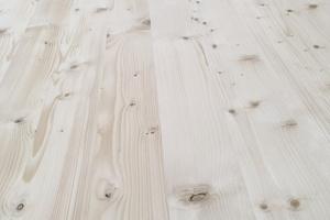 Perfekt geschlossene Fugen für Oberflächen in SichtqualitätFoto: Woodtec Fankhauser