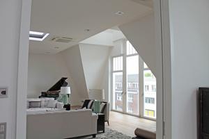 Blick in eines der Zimmer im neuen, aufgesetzten Dachgeschoss