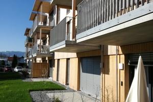 Balkone und Terrassen zum Innenhof bieten Anlässe für Austausch Foto: Rüdiger Sinn <br /> <br /> <br />