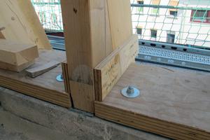 """Furnierschichtholz wurde zur Ausbildung der Laschen verwendet <span class=""""bildnachweis"""">Foto: Pirmin Jung Ingenieure</span>"""