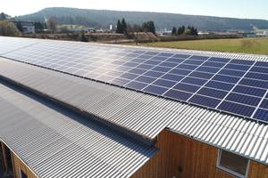 Die Photovoltaik-Anlage wurde vom Verein geplant und realisiertFoto: Creaton
