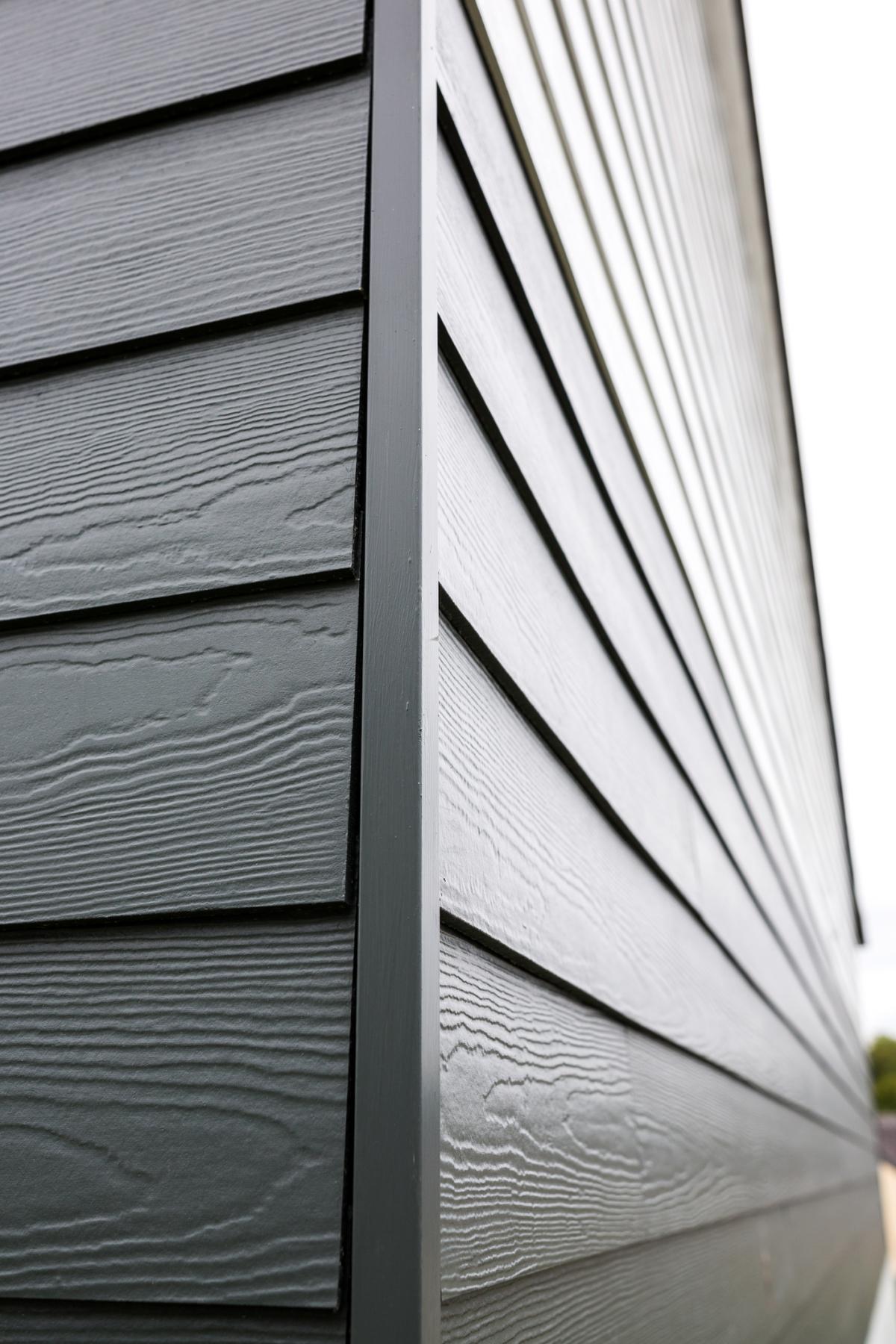 Witterungsbestandige Fassade Dach Holzbau