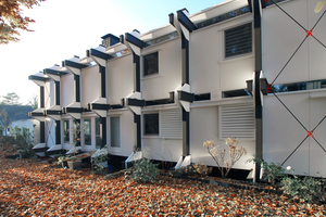 Das Haus Mayer-Kuckuk mit außen liegendem Fichte-Brettschichtholz-Tragwerk nach der SanierungFotos (2): Hartmut Witte