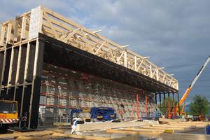 Fachwerkträger der Deckenkonstruktion der neuen Hallen 9 bis 11 der Messe Dornbirn<br />