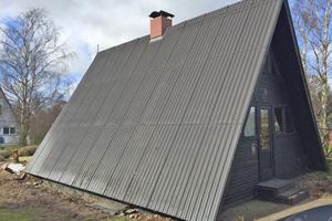 Das alte Nurdachhaus wurde durch einen Neubau ersetzt