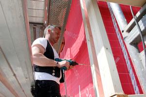 """Zimmermeister Andreas Lehmann unterstützt Bauherren und Handwerker, die das erste Mal mit dem """"Steko""""-System bauen"""