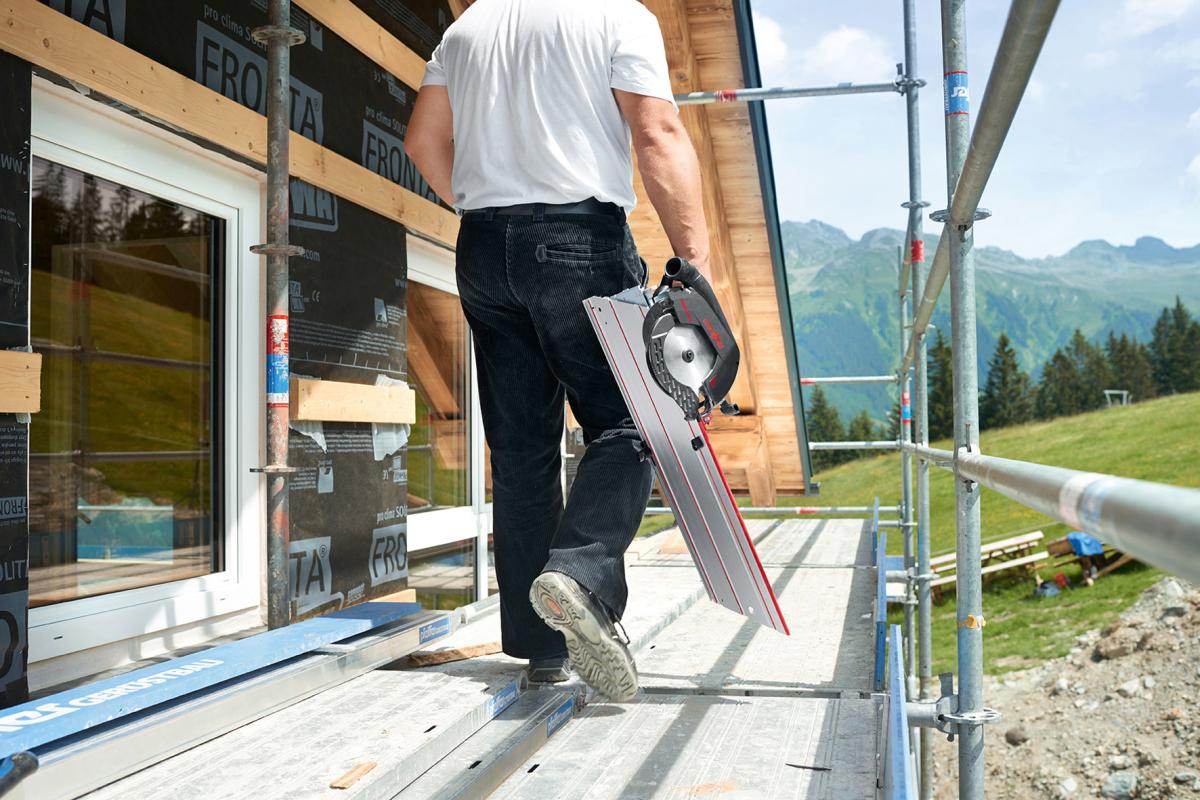akku kappschienen s ge f r kapp und winkelschnitte dach holzbau. Black Bedroom Furniture Sets. Home Design Ideas