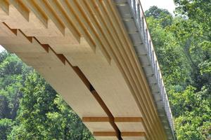 Hier gut zu sehen ist die Zweiteilung der BrückenträgerFoto: Fotograf Walther