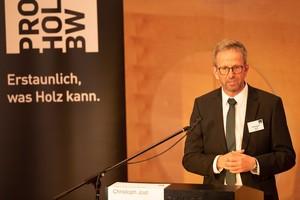 Christoph Jost, Geschäftsführer proHolzBW, auf der Fachtagung Holzbau in Stuttgart Anfang November