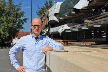Stephan Thomas, verantwortlicher Redakteur dach+holzbau,