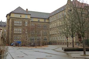 Die Vogesenschule, Baujahr 1908, hatte einen ungedämmten Dachboden. Nun wurde die oberste Geschossdecke gedämmt