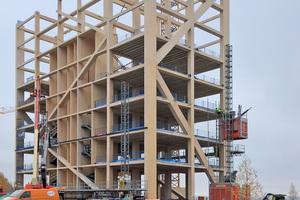 Das Gebäude im Rohbauzustand, sieben Geschosse sind geschafftFoto: Moelven