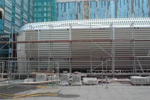 Die Stahlkonstruktion des Gebäudes ist mit Trapezblechen verkleidetFoto: Triflex