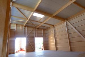 """Die Lagerhalle in Holzständerbauweise umfasst eine Fläche von 245 m²<span class=""""bildnachweis"""">Fotos (4): FH Finnholz</span>"""