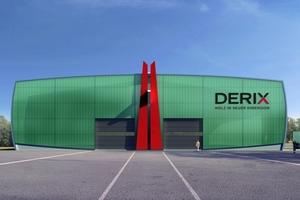 Die Fassade der neuen Brettsperrholz-Produktionshalle besteht aus vorgefertigten, gedämmten Sandwichelementen und durchscheinenden Lichtbauelementen