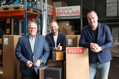 Das Managementteam von Dachdeckermarkt24 (von links nach rechts): Heiko Mohnberg, Leiter des Einkaufs, Denis Dibold, Kreativ-Chef und Urs Nies, Leiter des Bereichs E-Commerce <br />