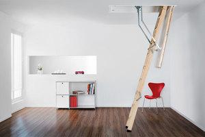"""Die """"Designo""""-Bodentreppe wurde von der Roto Frank Treppen GmbH und der Roto Dach- und Solartechnologie GmbH entwickelt. Sie hat einen U-Wert von 0,6 W/m²K und eine 6-Punkt-Verriegelung"""