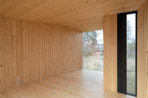 """Innenansicht des """"Timber Prototype House"""" im thüringischen Apolda"""