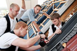 Velux bietet Dachhandwerkern zahlreiche Aus- und Weiterbildungsmöglichkeiten in den Herbst- und Wintermonaten        Foto: Velux