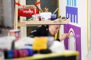 Malerin Jessica Jörges aus Dreieich in Hessen schlug sich im Wettbewerb gut
