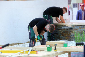 Julian Maier und Niklas Stadlmayr, Landschaftsgärtner, arbeiteten im Wettbewerb ebenfalls mit dem Werkstoff Holz. Sie gewannen ebenfalls eine Medal of Excellence