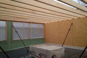 "Das Dachtragwerk des aufgestockten Geschosses besteht aus Holzträgern <span class=""bildnachweis""> </span>"