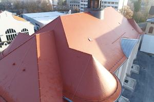Das Dachaufmaß vor der Sanierung und für die Abrechnung erstellten die Dachdecker mit Drohnen