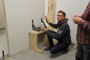 Welche Konsollasten sich mit hintergreifenden Dübeln an Fermacell-Gipsfaserplatten befestigen lassen, zeigte Fabian Pfister von James Hardie Europe auf den Holzbautagen<br />