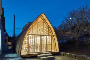 Die Modellbauwerkstatt der Universität Liechtenstein wurde von Student/innen der Architekturfakultät und Zimmerern gemeinsam gebaut