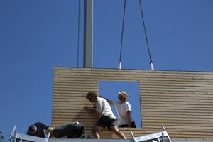 """Erfahrene Handwerker arbeiten zusammen<span class=""""bildnachweis"""">Foto: Rüdiger Sinn</span>"""