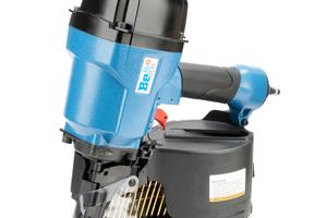 Die neue Generation der BeA-Coilnagler (90 bis 130 mm Nagellänge) ist laut Hersteller nun schneller und leistungsstärker