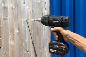 """Gemäß einer Prüfung an der Universität Innsbruck lassen sich Holzschrauben der""""GoFix""""-Serie von Sihga mit Schlagdrehschraubern eindrehen"""