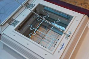 Lösungen zur Ab- und Durchsturzsicherung für Lichtkuppeln zeigte die Firma Kingspan Light+Air / Essmann in der Ausstellung zum Kongress