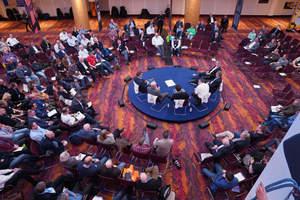 Die Premium-Partner des Kongresses stellten sich am zweiten Kongresstag in einer offenen Diskussionsrunde den Fragen von Teilnehmern