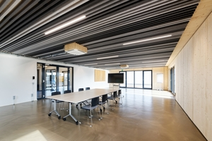 Der große Veranstaltungs- oder Forschungsraum im Erdgeschoss bietet reichlich Platz zur Verwirklichung von Projekten und Experimenten