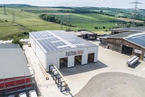 Die Firma Holzbau Henz hat 2018 eine neue Werkhalle auf dem eigenen Firmengelände fertiggestellt<br />