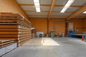 Der andere Teil der neuen Halle dient als Produktionsstätte