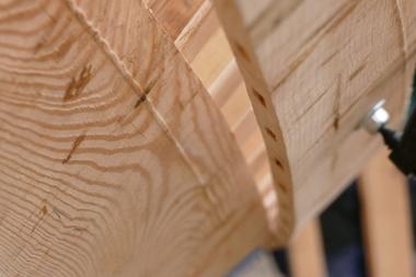Verbindung der Planken untereinander mit Nut- und Feder-Stecksystem