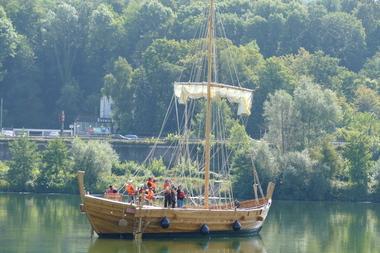 Zunächst werden Mess- und Testfahrten mit dem Schiff auf der Mosel unternommen, später möglicherweise auch auf See