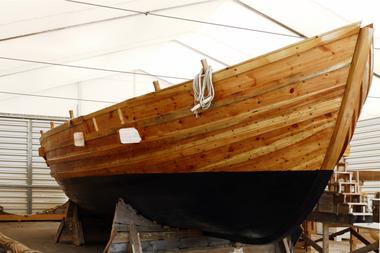Das 16 m lange und fünf Meter breite Schiff wurde in einem gemeinsamen Projekt der Universität und der Hochschule Trier nachgebaut